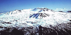 330pxmauna_kea_summit_in_winter